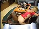 Films Hubby Cuckold sua moglie gode un po 'gallo nero
