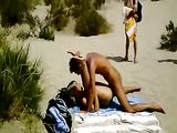 Amateur Couple at the Beach Fucking in Front of Everybody